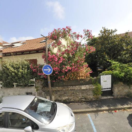 Dentaire De Saint Charles SCM - Chirurgien-dentiste et docteur en chirurgie dentaire - Biarritz