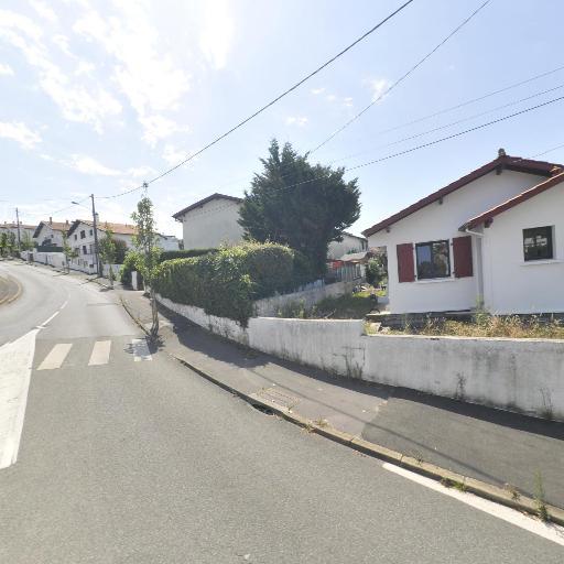 Saintillance - Ménage et repassage à domicile - Biarritz